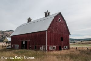 Lincoln County Barn Near Lake Roosevelt, August 2014